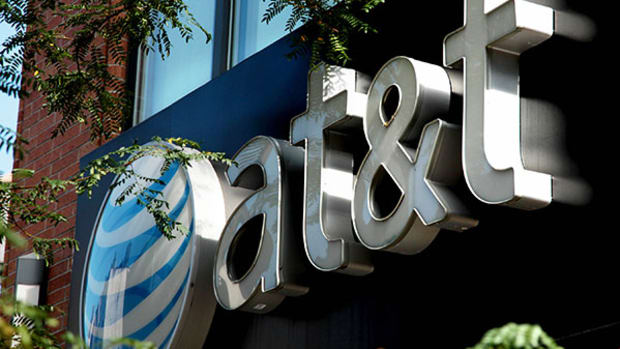 AT&T, Comcast Make Strange Allies With Amazon, Facebook and Google in Net Neutrality Rally