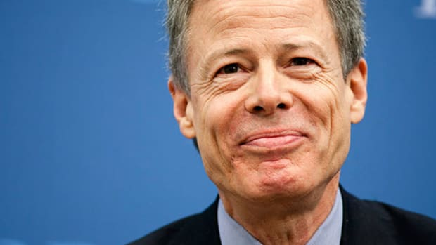 Time Warner (TWX) Didn't Talk to Apple (AAPL) About a Merger, CEO Jeffrey Bewkes Claims