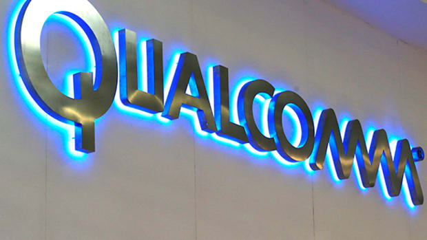 Qualcomm Shares Fall as First-Quarter Revenue Misses Street Expectations