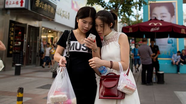 Apple Pay Goes Live in China Today, but It Faces Stiff Competition