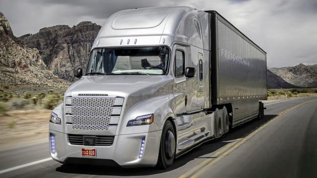 Daimler's Self-Driving Truck Makes Grand Entrance in Nevada