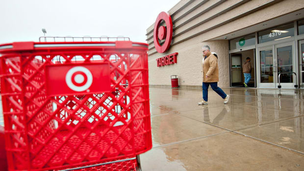 Target's Target Lifted, Fedex Set to Fly, Hershey's Sweetens