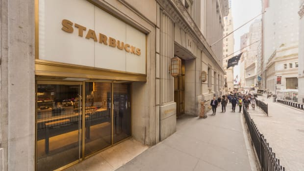 Starbucks Charts an Express Route to Reach More Customers
