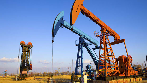Cabot Oil & Gas (COG) Stock Stumbles as Oil Retreats