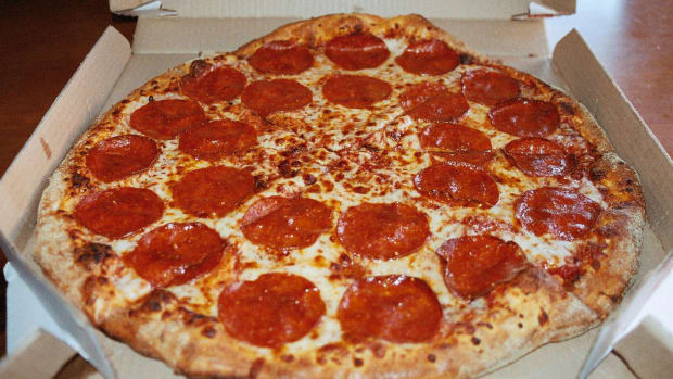 Domino's Pizza (DPZ) Stock Is the 'Chart of the Day'