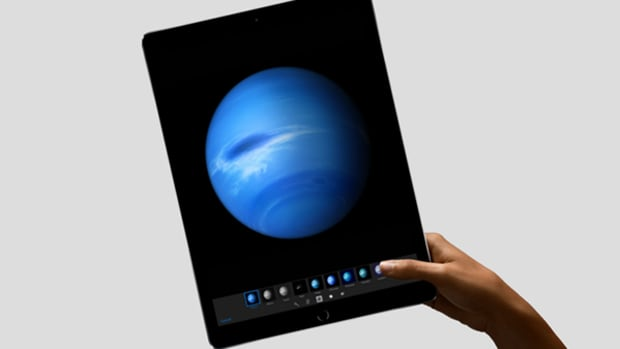 The New iPad Pro Notches Solid Reviews, But Apple Still Has to Convince Customers They Need It