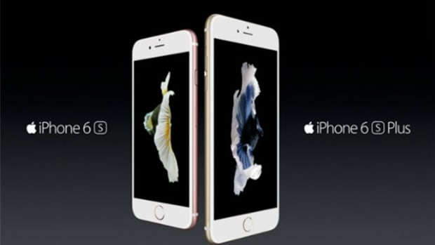 Apple (AAPL) Stock Rises, Analysts Forecast Lower Average iPhone Prices