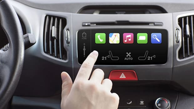 iPod Developer Joins Magna as Automakers Turn to Tech