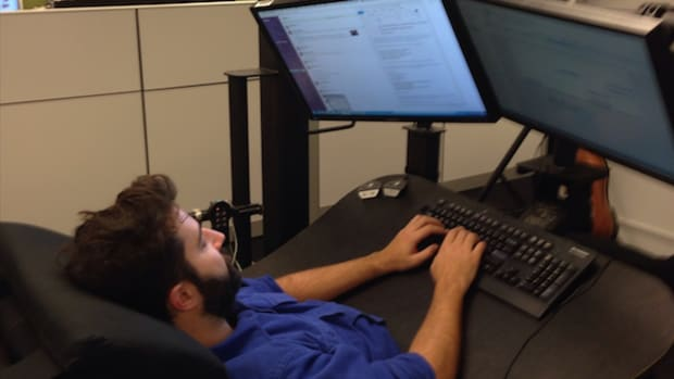What It's Really Like to Work in a Bed in Your Office