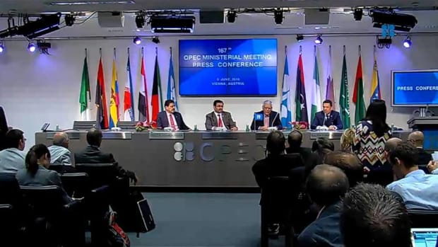 OPEC Begins Meeting Today, Saudis May Cut Oil Production