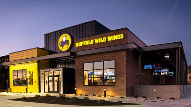 Buffalo Wild Wings Fires Back at Institutional Investor Marcato Capital