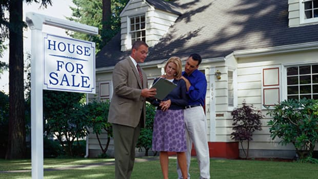Here's a Homebuyer's Guide to the 5 Best Ways to Make an Offer on a Home