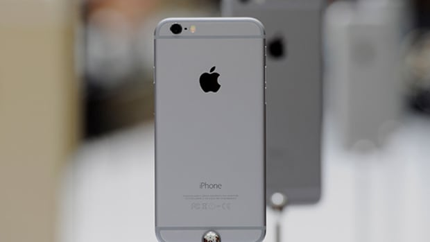 Why Apple Investors and Others Aren't Panicking About Taiwan Semi's Soft Guidance