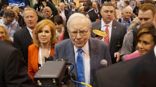 Warren Buffett Walks the Convention Floor Ahead of the Annual Meeting
