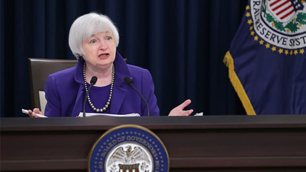 Here's Why the Fed Won't Raise Rates Until December and We Could See QE4