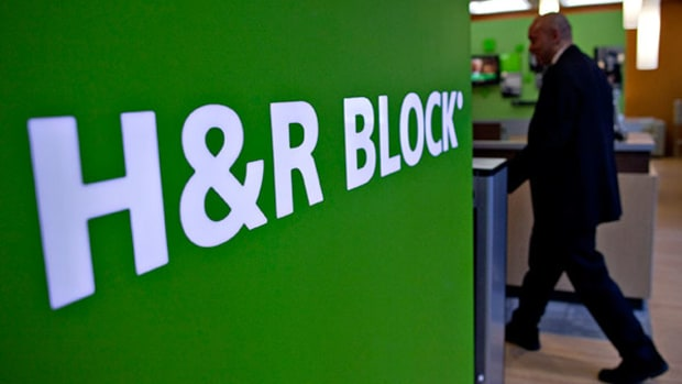 H&R Block Leads S&P 500 After Glowing Quarter