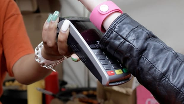 Will the Barclaycard Wristband Really Replace Cash and Credit Cards?