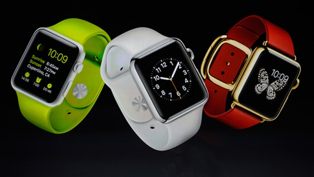 Apple Knocks Fitbit out of the Top Spot in Wearables