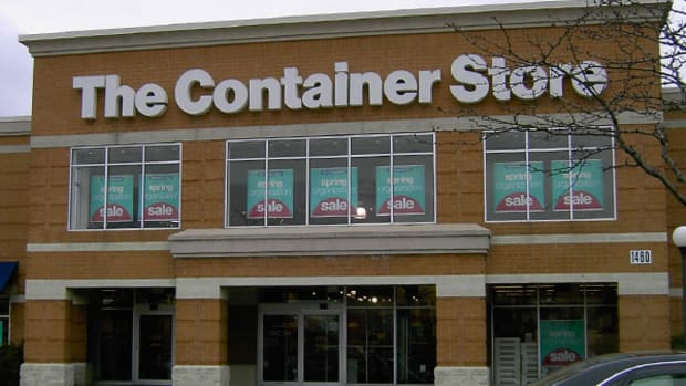 The Container Store Cuts Full Year Guidance