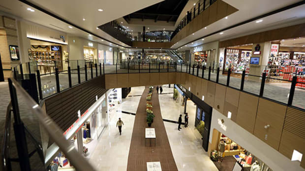 Simon Property Goes Public With $22 Billion Bid for Rival Macerich