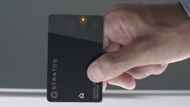 All in One Credit Card Solution Stratos Card Begins Shipping Today