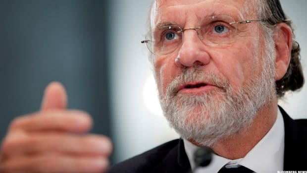 Former Governor Jon Corzine Is Now Banned Forever from Futures Market