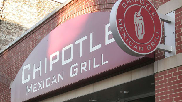 Every Chipotle Is Closed for Lunch Today, But Here's How You Can Score a Free Burrito