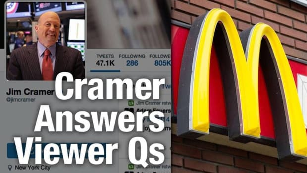 Jim Cramer Says Caterpillar's Dividend Is Safe, Likes McDonald's