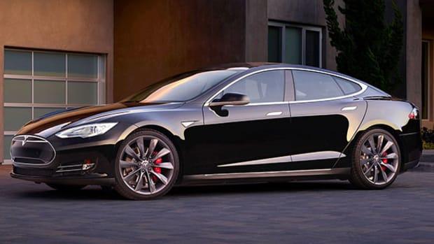 Tesla, Facebook, Netflix: Doug Kass' Views
