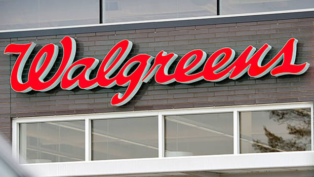 Walgreens Stock Lower in Premarket After Earnings, Revenue Miss