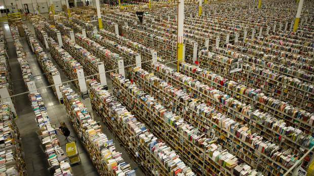 Amazon.com (AMZN) Stock Lower, Adding 120,000 Employees During Holiday Season