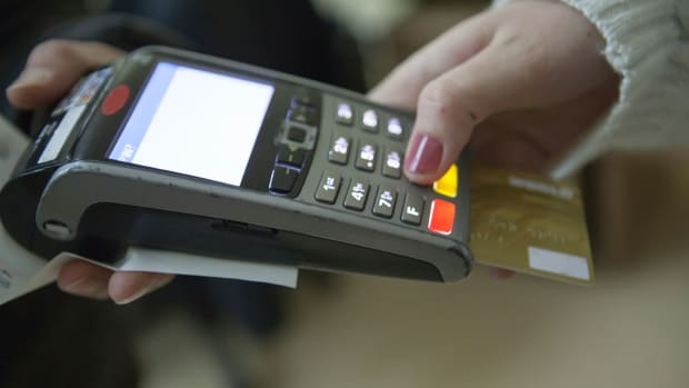 Retailer Adoption of Chip-Enabled Credit Cards Remains Sluggish