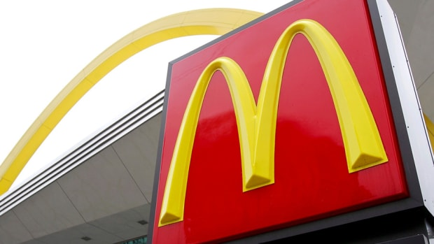McDonald's, General Electric Kick off Earnings, A Dollar General Win