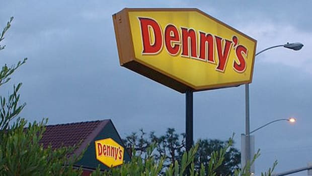 Denny's CEO John Miller Expects 2014 Momentum to Continue This Year