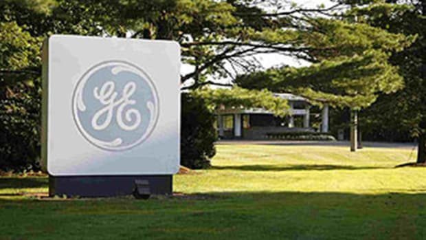 GE Spikes at Open on Reorg Move; Apple Kicks Off Watch Pre-Order