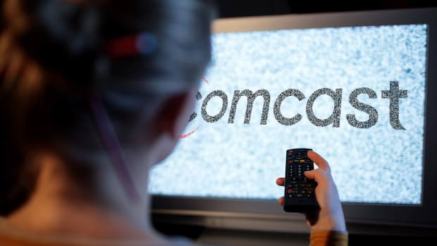 Comcast Rises in Premarket After Solid Earnings Beat