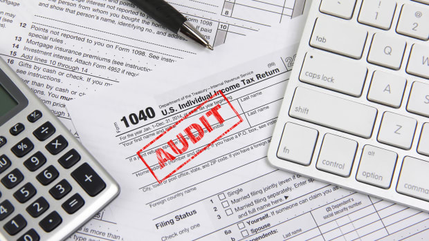 Top 15 Red Flags Triggering an IRS Tax Audit