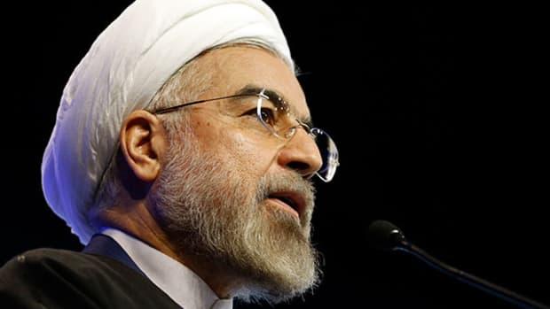 Iran Test Fires High-Speed Torpedo