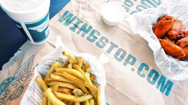 Wingstop CEO: Not Seeing Impact From Chipotle E.Coli Outbreak