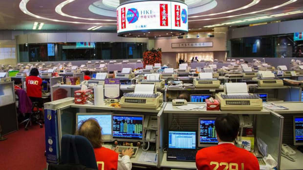 Shanghai Stock Volatility Will Slow Chinese Listing Trend