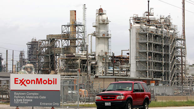 ExxonMobil Was Just Dealt a 'Watershed' Blow as Climate Change Proposal Wins Majority Backing