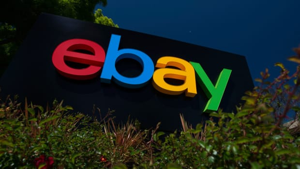 eBay Hit With Downgrade as Google, Apple Crowd Out PayPal