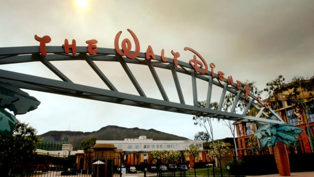 Disney, Macy's in focus; Pfizer Gets Early Approval for Drug