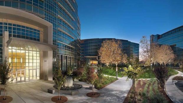 Financial Engines, Taser Shares Will Rev Higher Says Villere Fund Manager