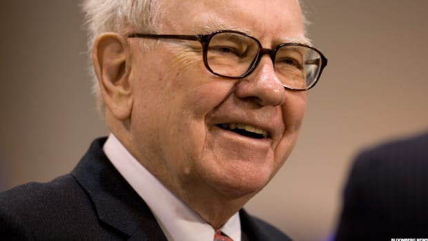 Buffett Looks Back at His 50-Year Record and Likes What He Sees