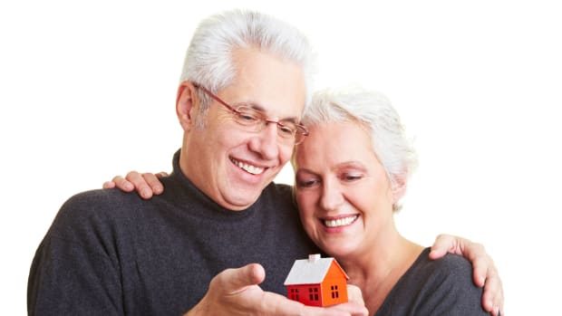 To Downsize or Not to Downsize: The Retiree's Question