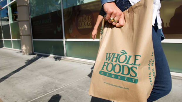 Whole Foods Plunges: What Wall Street's Saying