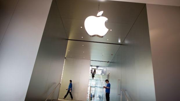 Apple, Dish Network, Nuance: Tech Winners & Losers