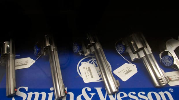 Smith & Wesson Is Cheap for Those Willing to Buy Gun Stocks