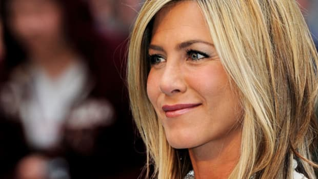 Jennifer Aniston's Doing Better Than the Olive Garden